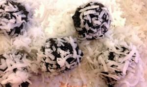 Oreo Coconut Truffles